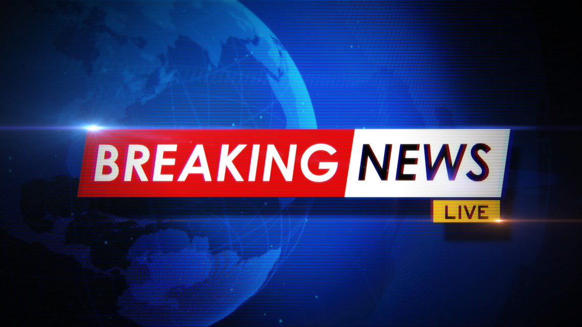 Breaking news title on world map over blue background. Breaking news concept. Horizontal composition with copy space. Front view.